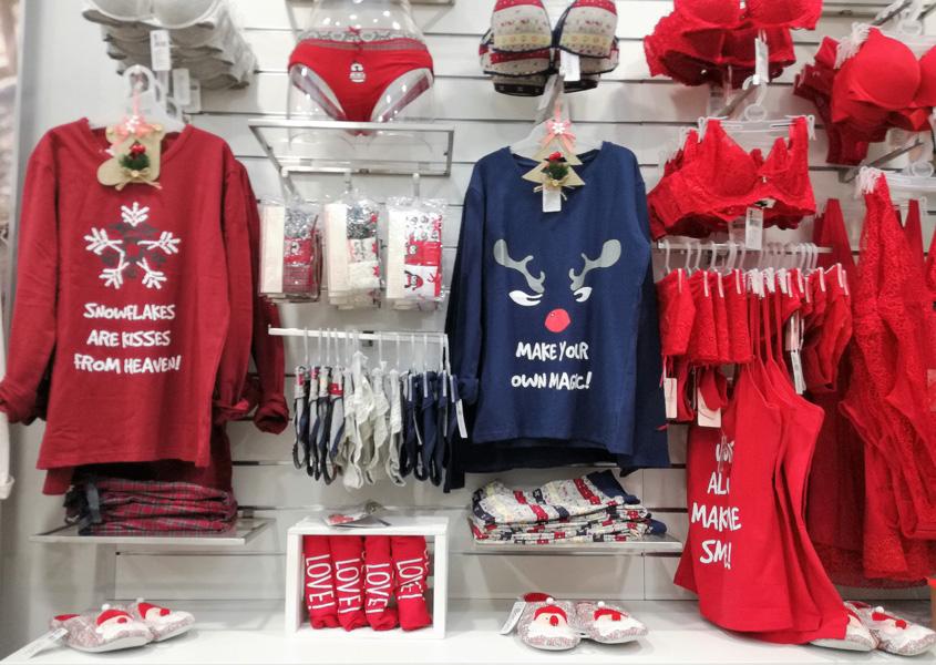 karácsonyi bolti dekoráció a Bonatti márkaboltban