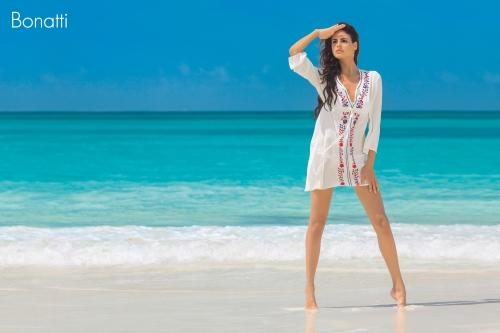Női strandruha Bonatti fehér hímzett
